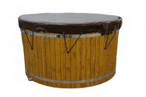 Couvercle en bois avec la bâche en PVC